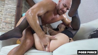 OH FUCK, OH FUCK I'M CUMMING! – SUPER SQUIRT – Intense Power Fuck Makes Her Cum Uncontrollably! ´